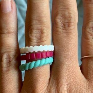 Lot of 3 Qalo Silicone Rings